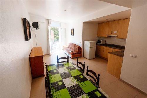Appartementen Dosjoimi, Lloret de Mar