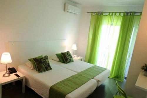KR Albufeira Lounge - logies en ontbijt, Albufeira