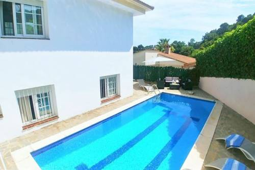 Villa in Lloret de Mar: Villa Rosa