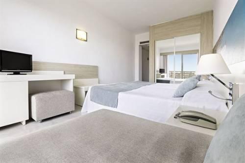 Hotel Azuline Bahamas, El Arenal