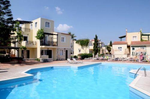Jongerenhotel in Chersonissos: Porto Village Resort